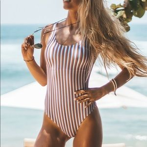 Cupshe striped one piece swimsuit